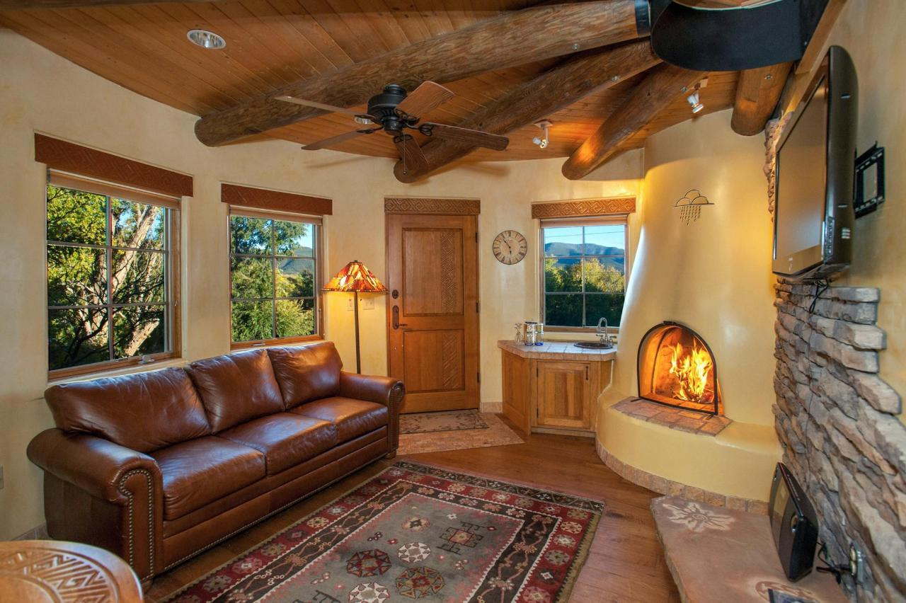 Anasazi Penthouse is a two room suite with wet bar
